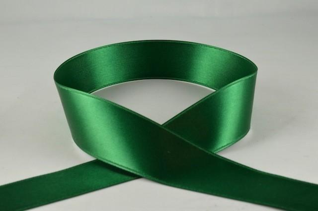 RIBEMGREEN1530 - Ribbon Double Faced Satin Emerald Green 15mm x 25 Meters