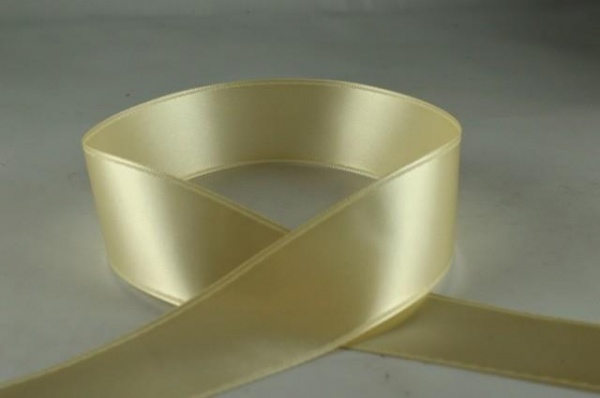 RIBIVORY1532 - Ribbon Double Faced Satin Ivory 15mm x 25 Meters